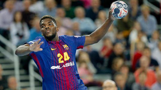 Nightmare start for Saracevic as Barcelona find their rhythm again