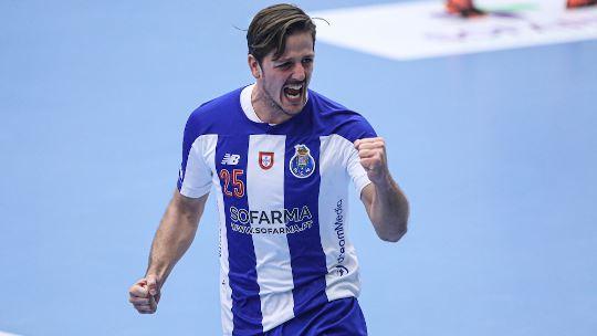 Porto secure historic first Last 16 berth; Brest upset Kiel