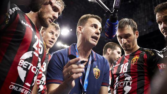Raul Gonzalez faces his future club in his last match as Vardar coach