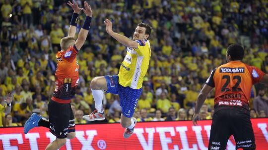 Löwen host Kielce in battle for fourth place