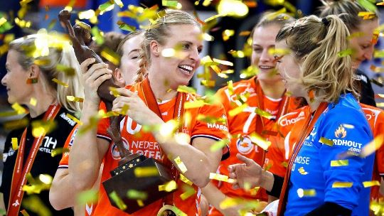 Rostov star Abbingh seals first Dutch world title