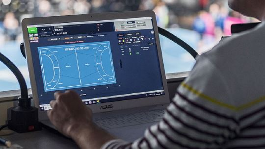 Get as close as it gets: become a sports data journalist!