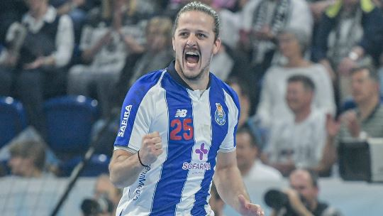 "After season for eternity, Areia enjoys ""best time"" at Porto"