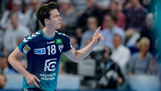 Füchse face tough road to home finals